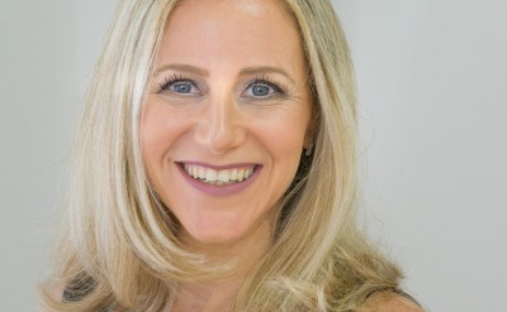 צביה, דיאטנית קלינית, מרצה בכירה ומנחת סדנאות החוויה שבהרזיה