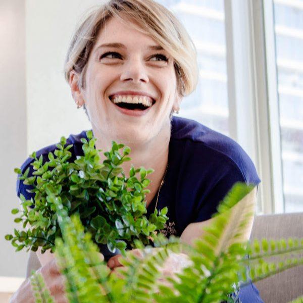אנסטסיה אופק – שיפור מיומנויות פרזנטציה, שירות, מכירות
