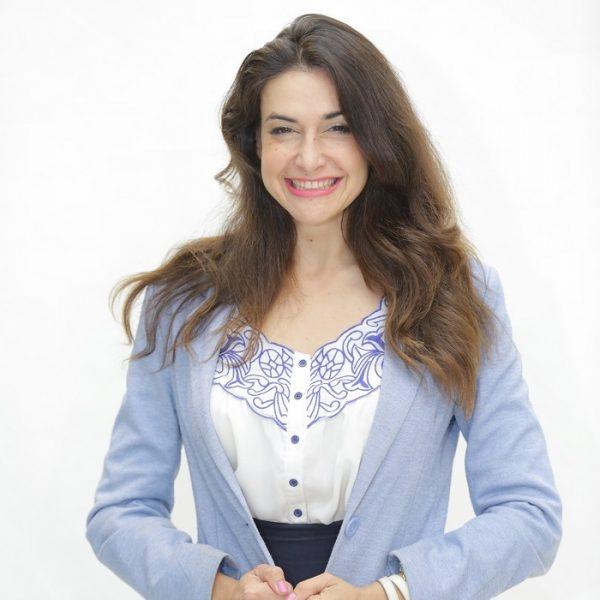מרינה נעמי סמוליאנוב – מנהיגות, אסטרטגיה, פרזנטציה, חדשנות